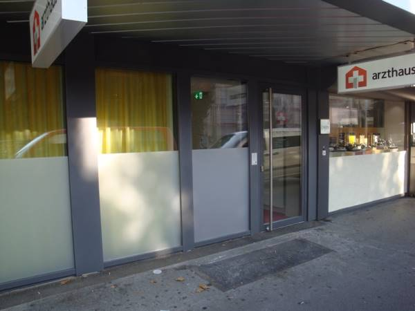 Türen Arzthaus